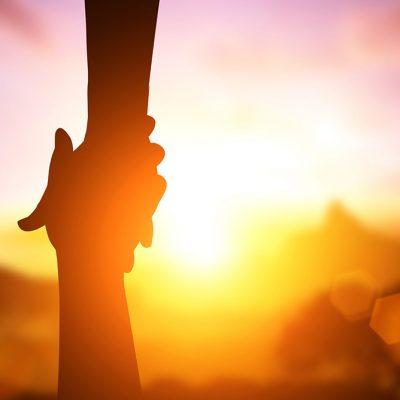 Каковы правильные взаимоотношения между евреями и неевреями?